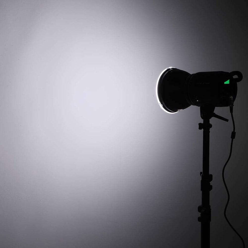 5 เรื่องที่ต้องรู้ในการใช้ไฟต่อเนื่องสำหรับงานวิดีโอ